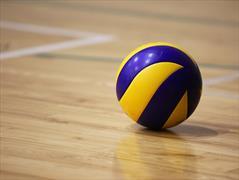 Прошли первые игры Чемпионата города Мариинска по волейболу 2021 года